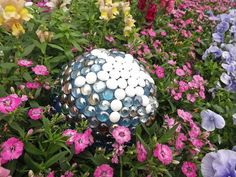 Easy DIY Projects for Beautiful Garden Accents : Page 02 : Outdoors : Home & Garden Television