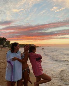 Summer Dream, Summer Of Love, Summer Fun, Summer Time, Beach Friends, Pinterest Girls, Florida Travel, Teenage Dream, Summer Pictures