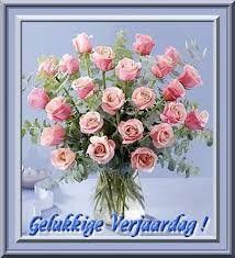 Afbeeldingsresultaat voor gelukkige verjaardag vrouw Happy Birthday Wishes Quotes, Happy B Day, Word Families, Birthday Images, Afrikaans, Floral Wreath, Birthdays, Anniversary, Cards