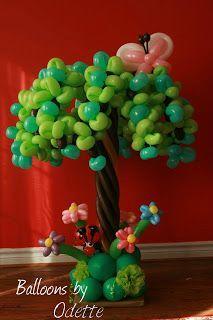 Balloons by Odette - Tree (Wordless Wednesday) | Toronto Teacher Mom
