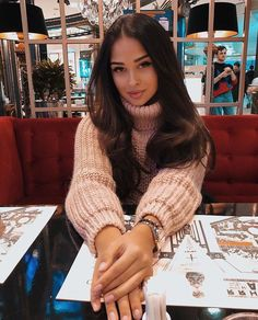 Thick Sweaters, Lingerie, Fingerless Gloves, Arm Warmers, Pretty Girls, Jumper, Autumn Fashion, Hair Makeup, Turtle Neck