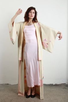 Japanese Kimono . Vintage 1940s . Early 20th Century by VeraVague, $385.00