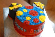 piece of cake: Mickey Mouse and Toodle Cake