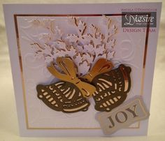 Angela O'Donoghue - Die'sire Christmas Classiques Jingle Bells, Ivy - Gold mirri card, Bronze mirri card, Gold distress care, Sheena Douglass Swirly folder - 6x6 card blank - #crafterscompanion #Christmas