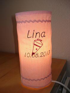 Da geht einem ein Licht auf ...  #Lampe #Nachttischlampe #bestickt