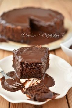 "Soczyste"" brownie w tortownicy - Brownie Brownie Recipes, Cookie Recipes, Dessert Recipes, Delicious Desserts, Yummy Food, Food Cakes, Sweet Cakes, Cookie Desserts, Cookies Et Biscuits"