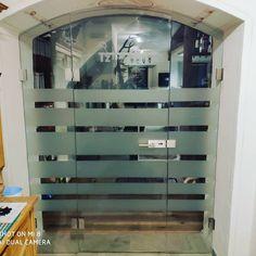 Altes Gemäuer moderne Glastüre.. 3 teilig mit Beschlägen in Edelstahloptik und Folierung #esg #wirlebenglas #rauris #innenarchitektur… Modern, Interior Designing, Steel