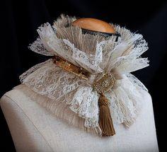 Elizabethan Lace Ruff Neckpiece