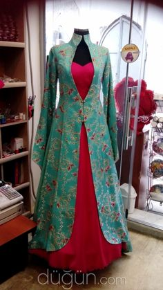dress and outer jacket ,prices ,fabric Bangalore silk Indian Designer Outfits, Indian Outfits, Designer Dresses, Kurti Designs Party Wear, Kurta Designs, Indian Gowns Dresses, Pakistani Dresses, Stylish Dresses, Fashion Dresses