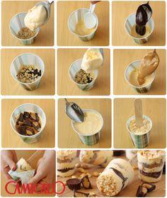 Picolé delicioso e fácil de fazer! Use sorvete de creme. Faça o doce de leite com a lata de leite condensado na pressão, uma receita de brigadeiro, farofa de biscoitos com castanhas ou a paçoca. Torre os amendoins no forno e triture-os. Use copos descartáveis para montar. Coloque uma camada de cada ingrediente. Coloque no meio os palitos de picolé. Amasse bem para ficar firme. Umas 2 horas de freezer e pronto :-)