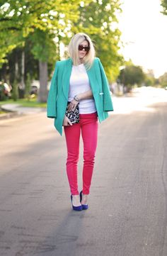 Jeans & a White T Outfit No. 17 ~ Lite Brite