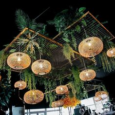 gorgeous hanging plants outdoor ideas - amazingly cool tips: artificial . - Magnificent Hanging Plants Outdoor Ideas – Amazingly Cool Tips: Artificial Plants Cheap China Artificial Flowers Outdoors. Artificial Flowers Outdoors, Laying Artificial Grass, Small Artificial Plants, Real Plants, Artificial Plant Wall, Plantas Indoor, Hanging Plants Outdoor, Hanging Flowers, Diy Flowers