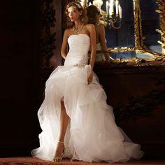 Купить товарКрасивая линия низкий свадебные платья органзы без бретелек спинки бусины на заказ мода пляж свадебные платья в категории Свадебные платьяна AliExpress.               Может у вас есть хороший торговый здесь :)          %2