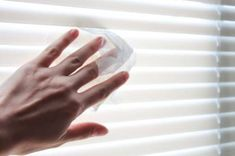 15 Uses For Dryer Sheets. for ex: Dust blinds with used dryer sheets for quick cleanup. Mini Blinds, Blinds For Windows, Window Blinds, Store Lamelle, Dryer Sheet Hacks, Uses For Dryer Sheets, Remove Deodorant Stains, Clean Pots, Homemade Cleaning Products