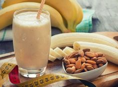 Easy Banana Almond Smoothie Burn Fat Build Muscle via Almond Smoothie Recipe, Smoothie Recipes, Fruit Juice Recipes, Diet Recipes, Healthy Dog Treats, Healthy Snacks, Burn Fat Build Muscle, Gain Muscle, Quick And Easy Breakfast