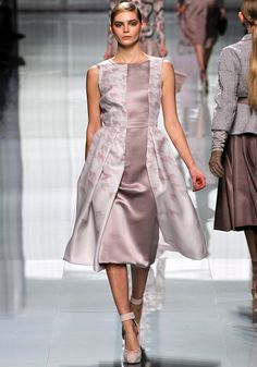 Christian Dior Fall 2012 RTW - Review - Vogue