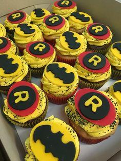 Batman and Robin fondant cupcake toppers.