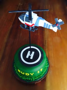 Helicopter cake Helicopter Cake, Helicopter Birthday, Airplane Birthday Cakes, Best Helicopter, Army's Birthday, 3rd Birthday Cakes, Airplane Party, Hip Hip, Fondant