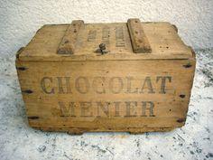 Ancienne boîte / malle en bois Chocolat Menier