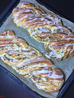 Easy Cake Recipes, Pumpkin Recipes, Baking Recipes, Dessert Recipes, Pastry Recipes, Meat Recipes, Yeast Biscuits, German Baking, Pampered Chef