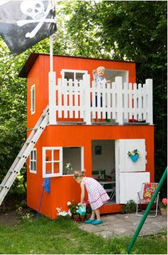 I so need this... Bottom could be a shed for storage and the Top could be the kids club house... Oh Daddy/Grandpa we have a new project for you.. Love your amazing daughter and your three grandbabies.
