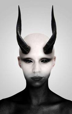 Demon Portrait Retouch Tutorial - 30 Monstrosity Halloween Photoshop Tutorials 2012
