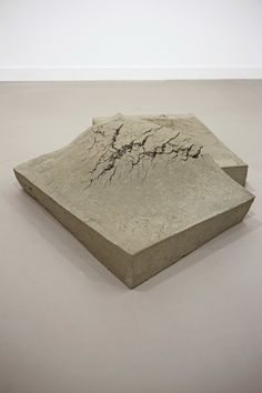 Last week the leading names of the contemporary art world converged upon Regent's Park in London for the annual Frieze Art Fair. Mixed Media Sculpture, Sculpture Art, Frieze Art Fair, Concrete Art, A Level Art, Monochrom, Art World, Installation Art, Art Direction