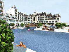 Dit 5-sterren hotel Side Crown Serenity opent in 2013 voor het eerst zijn deuren. Het beschikt over verzorgde kamers, een aquapark, à la carte restaurants en een fitness. Gelegen op ca. 600 m van het strand en op ca. 15 km van het gezellige centrum van Manavgat en 12 km van het oude centrum van Side. Dagelijkse shuttleservice naar het strand.  3 à la carte restaurants (Turks, Italiaans en Mediterraans) en een disco. 2 Zwembaden, waarvan 1 met 4 glijbanen.  Officiële categorie *****