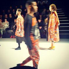 SADAK AW2015/16 auf dem Runway der Mercedes Benz Fashion Week Berlin Januar 2015 (Foto: Verführer - Das Beste aus Berlin)