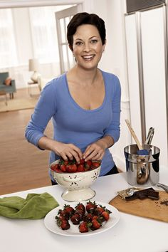 Ellie Krieger Food Network Channel, Food Network Recipes, Places To Eat, Eating Places, Tv Chefs, Kiss The Cook, Jamie Oliver, Nutrition, Snacks