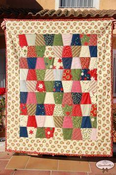 IXTEBENI'S PATCHWORK - www.cinderellas.es - Christmas Quilt - Tumbler Quilt with Charm Pack - Colcha de navidad