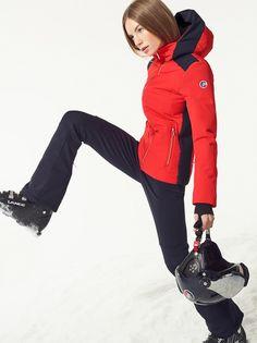 aa6cc9ad6d 40 meilleures images du tableau Tenue De Ski Femme   Winter fashion, Winter  fashion looks et Ski Clothes