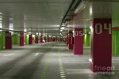underground-parking-lot-gaspar-avila.jpg (900×599)