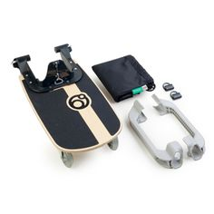 Orbit Baby Sidekick Board With its fun skateboard riding position, our Sidekick™ is the only stroller board your older children will actually ask to ride. Orbit Baby, Stroller Board, Baby Jogger Stroller, Baby Strollers, Baby Needs, Baby Love, Baby Baby, Buggy, Children