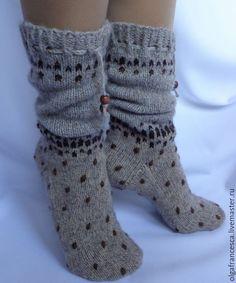 Носочки из пуха яка Носки вязаные купить Мой уютный дом - купить или заказать в интернет-магазине на Ярмарке Мастеров - A78S1RU. Самара | Нежнейшие и очень -очень теплые носочки из… Comfy Socks, Knitting Socks, Leg Warmers, Knit Crochet, Slippers, Chic, Fabric, Cotton, Accessories
