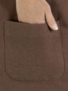 Learn the magic of attaching patch pockets invisibly by machine. - bluff pocket