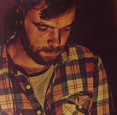 LEROY hat am 23 05 mit ZAMBON einen der meist beschäftigten polnischen DJs der internationalen Disco/House-Szene in die Registratur Bar geladen.