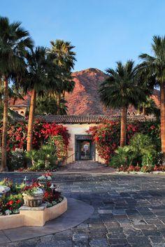 Royal Palms Resort and Spa in the Unbound Collection by Hyatt (Phoenix, AZ) Arizona Travel, Arizona Usa, Arizona Trip, Scottsdale Arizona, Destin Hotels, Hotels And Resorts, New Mexico, Nevada, Utah