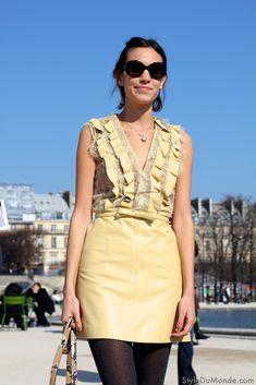 Paris Fashion Week: Alexa Chung - STYLE DU MONDE   Street Style Street Fashion Photos