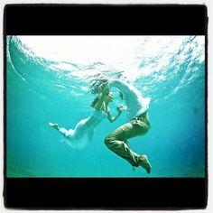 Underwater engagement picture