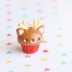 new tutorial showing you how to make this cute Rudolph cupcake in time for Christmas!