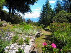 """""""Mediterraner Wildblumen Garten"""" am Lago Maggiore/Italien von John Morris als Poster oder Leinwandbild bei Posterlounge http://www.posterlounge.de/mediterraner-wildblumen-garten-pr149707.html"""