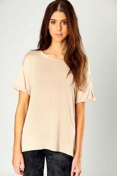Look 2: Libby Roll Sleeve Jersey T-Shirt / Boohoo £10.00 ($15)