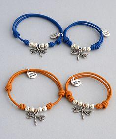 A juego con mamá o papá. Tendencia Mini Me. Jewelry Patterns, Bracelet Patterns, Bracelet Making, Jewelry Making, Jewelry Crafts, Handmade Jewelry, Cord Bracelets, Macrame Jewelry, Bracelet Tutorial