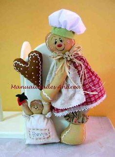Polymer clay Gingerbread cookie mom with baby cookie. Gingerbread Crafts, Christmas Gingerbread Men, Gingerbread Decorations, Handmade Christmas Decorations, Christmas Love, Holiday Decor, Christmas Projects, Christmas Crafts, Christmas Ornaments
