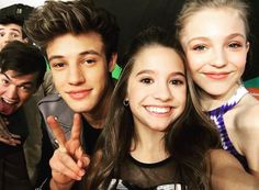 Kenzie, Brynn and Cameron Dallas ( and other photo bombers ) KCA 2016