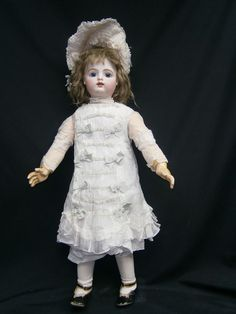 """ELUSIVE GORGEOUS 35""""FRENCH ANTIQUE GAULTIER F15G DOLL /COUTURE COSTUMED/BLUE-EYE"""