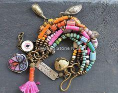 Playa pulsera cuero flecos w turquesa pulsera de por BeadStonenSkin