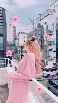 New Korean blackpink with the same Lisa round collar suit Jennie Blackpink, Blackpink Lisa, Kpop Girl Groups, Kpop Girls, Lisa Blackpink Wallpaper, Black Pink Kpop, Blackpink Photos, Kim Jisoo, Blackpink Fashion
