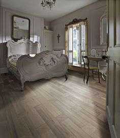 Design classic making a comeback and natural oak flooring thrives Natural Oak Flooring, Real Wood Floors, White Oak Floors, Wood Flooring, Hardwood Floors, Hardwood Types, Engineered Wood Floors, Floor Colors, Home Additions